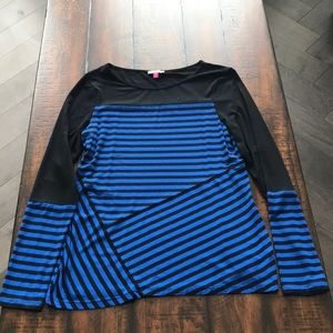 Vince Camuto Long Sleeve T-shirt